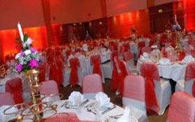 Красный стиль на свадьбе