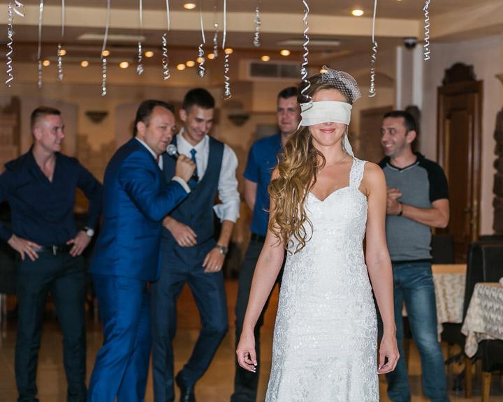 Испытание невесты на свадьбе