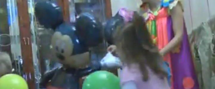 как оформить шарами детский праздник